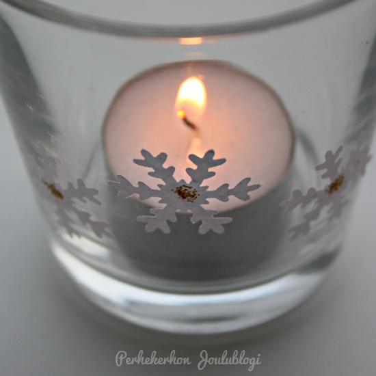 Kuva: Lumihiutaleita kuvioleikkurilla - ideoita koristeluun