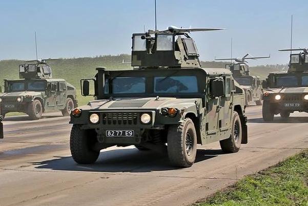 HMMWV M1114 8277 E9