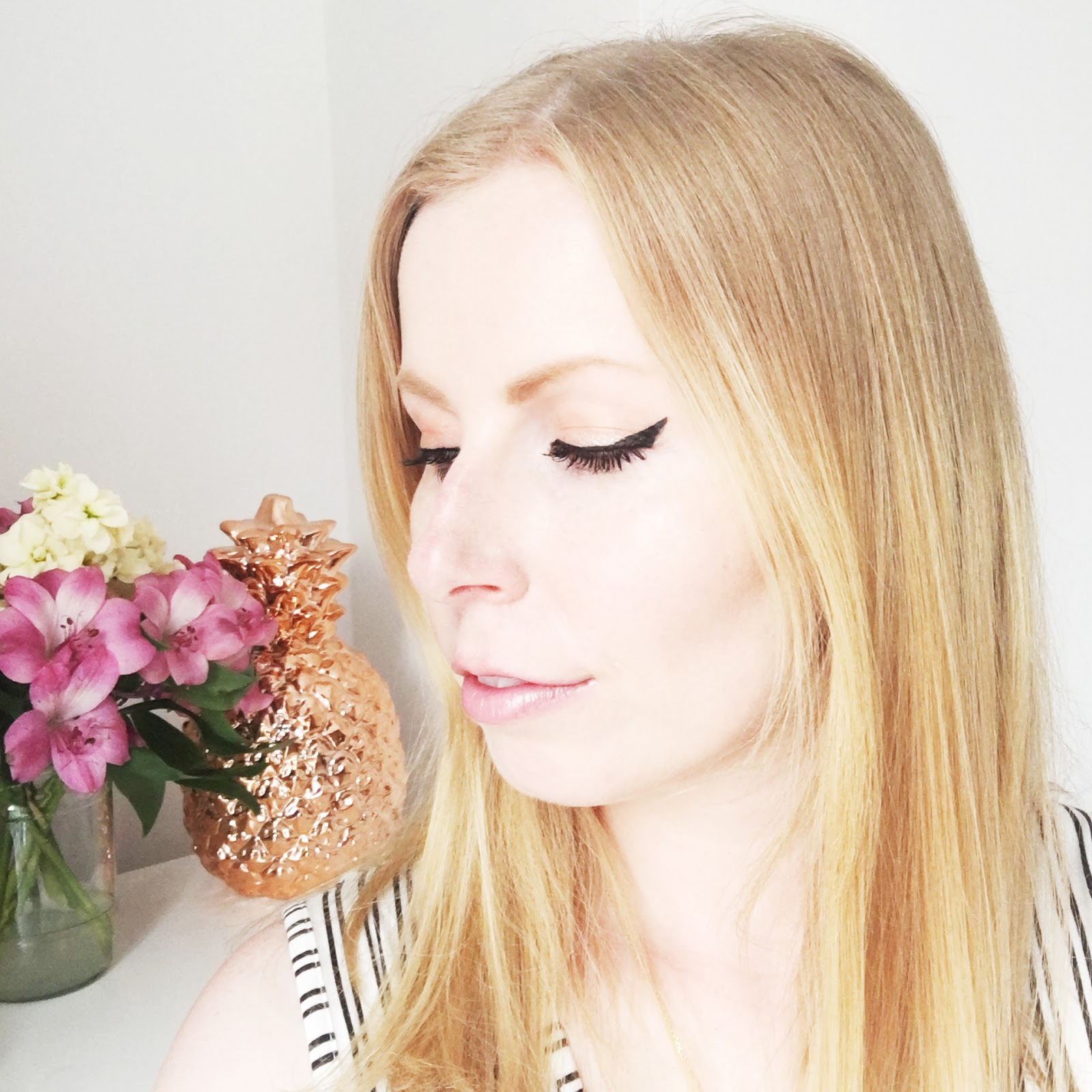 Lancome Grandiose eye liner review -swatches on eyes