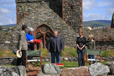 David Howe reclamou direitos hereditários por nota em jornal e recebeu o título de rei da Ilha de Man - Divulgação