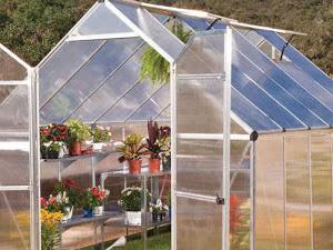Tips Pembuatan Greenhouse Mini Dengan Plastik UV