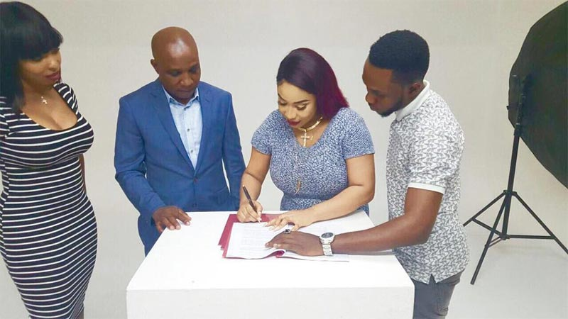 Chubby-looking Tonto Dikeh becomes brand ambassador of Naturessence Cosmetics