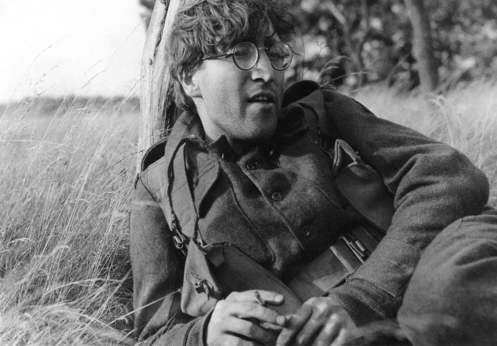 Rarely Seen Photos Of John Lennon Taken While Hanging Out