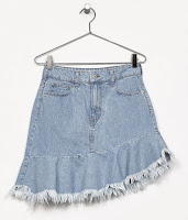 https://www.bershka.com/rs/woman/clothes/skirts/denim-skirt-with-ruffled-hem-c1010224056p101069539.html?colorId=428