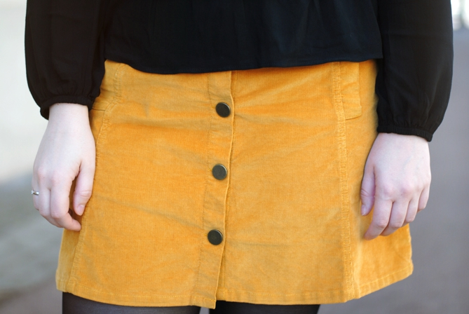 yellow a-line button skirt