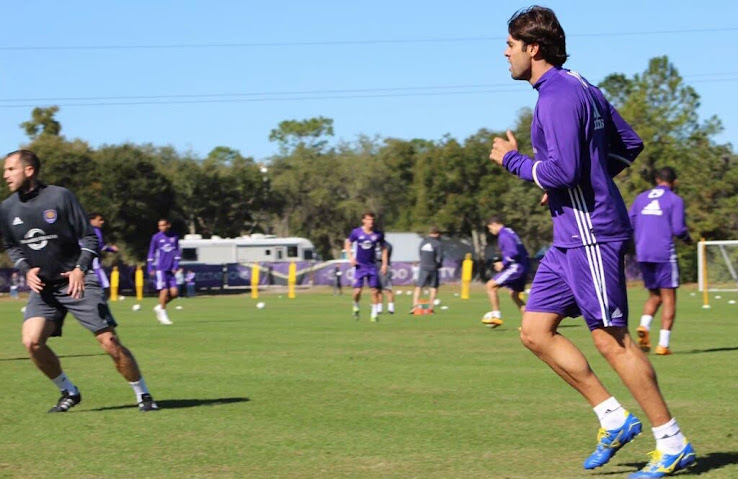 brand new 558bd 244a0 No More Adidas? Kaka Trains in Blackout Boots - Footy Headlines