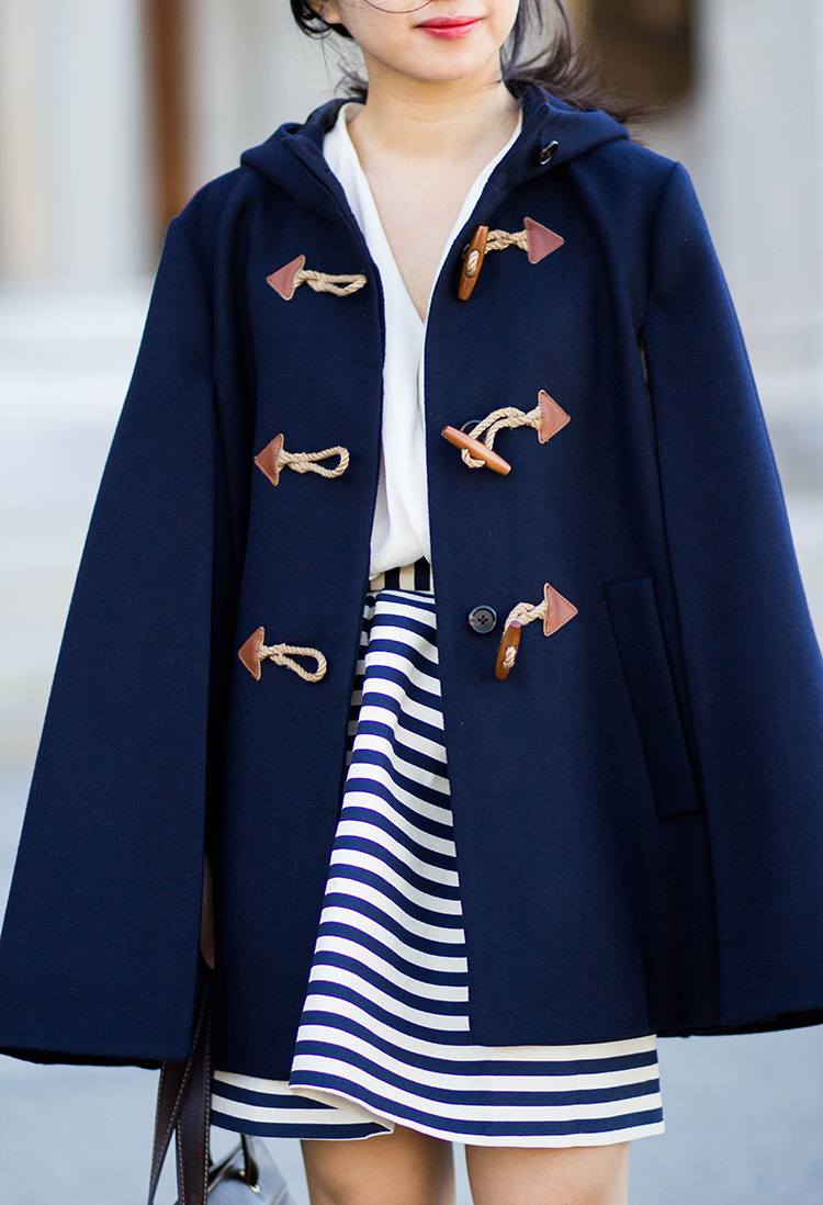 Cape (J. Crew Toggle Cape in Wool-Cashmere Review)