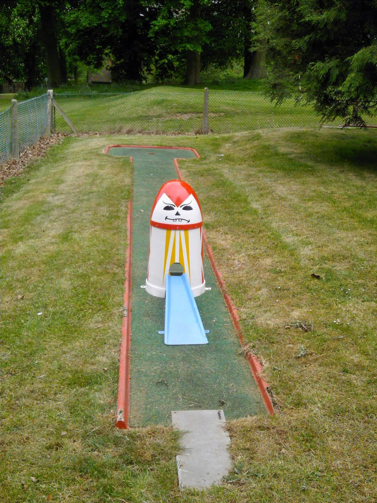 Hole 1 of the Crazy Golf course in Luton's Wardown Park as it used to look in May 2007