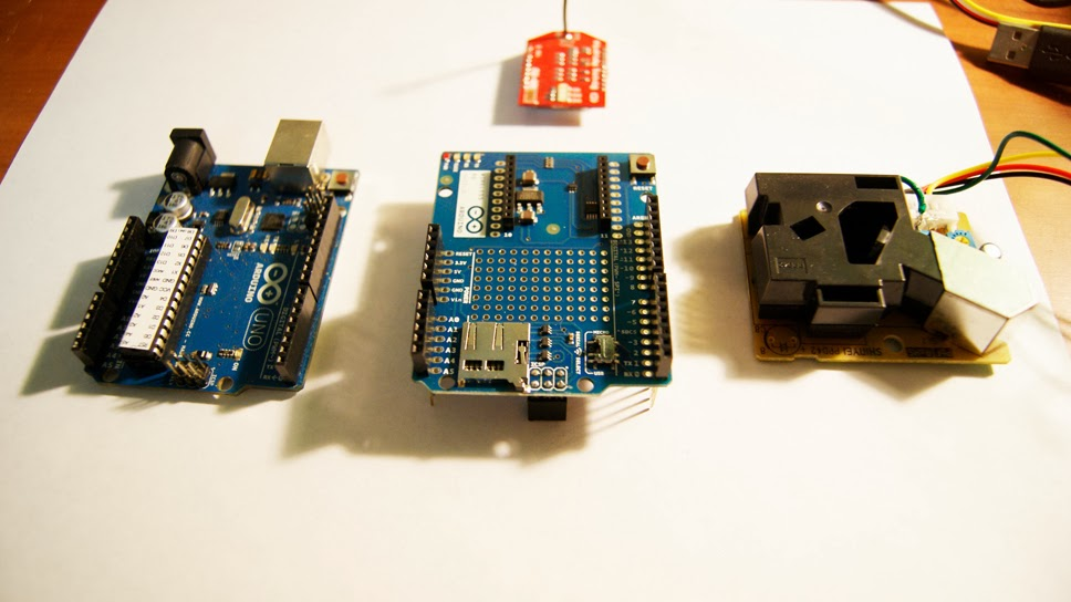 DIY air pollution monitoring with DustDuino: Arduino Uno