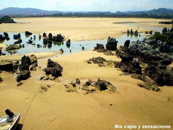 Playa de los Barcos, Quejo, Isla, Cantabria
