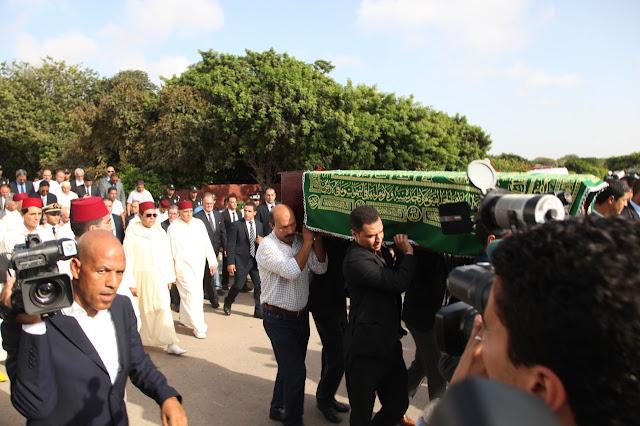S.A.R. le Prince Moulay Rachid présent aux funérailles de Mohammed Karim Lamrani