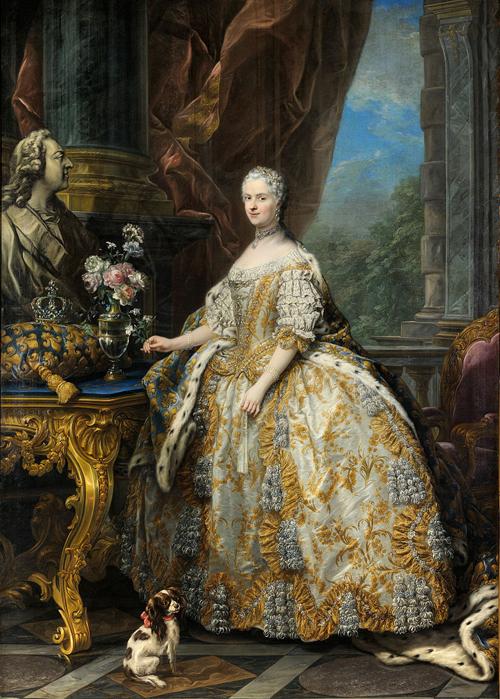 Carle_Van_Loo_Marie_Leszczinska_reine_de_France_Versailles