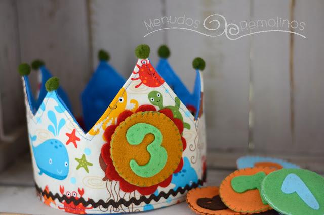 Corona cumpleaños mar