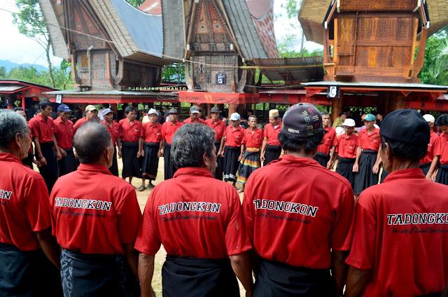 rangkaian upacara rambu solok Toraja || JelajahSuwanto
