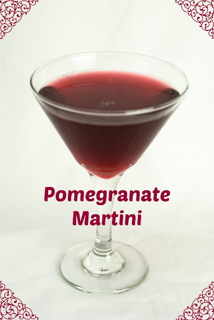pomegranate martini, vodka, grand marnier, pomegranate juice, lemon juice, pomegranate martini photo, pomegranate martini picture, pomegranate martini image, pomegranate martini recipe