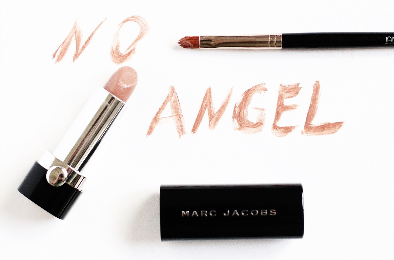 marc jacobs make up le marc rouge à lèvres no angel avis test swatch