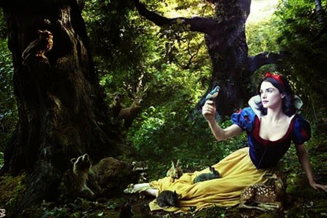 Rachel Weisz Annie Liebovitz Snow White and the Seven Dwarfs animatedfilmreviews.filminspector.com