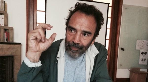 Damian Alcázar lanza petición para que diputados y senadores ganen igual que un obrero. DIFUNDE!!!