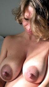 lange hängende titten mit brustwarzen