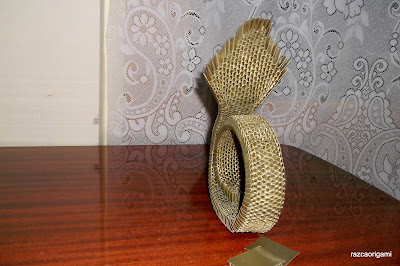 3D Origami golden  King Cobra