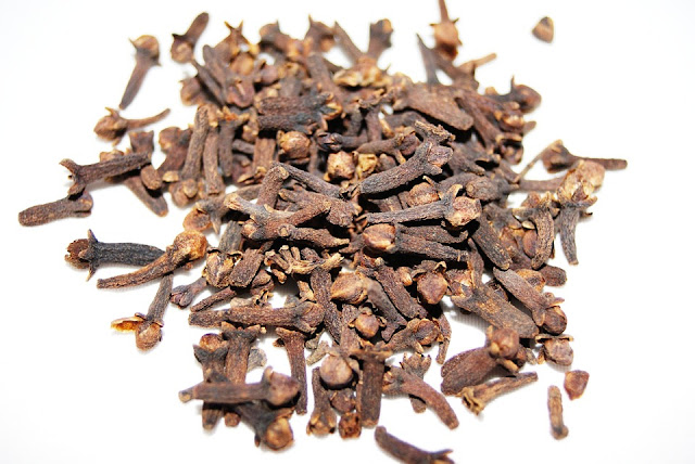 Health Benefits of Cloves, Cloves Nutrition, Cloves Health Benefits, Cloves Benefits, Benefits of Cloves, Nutritional Value of Cloves, Side Effects of Cloves, What Are the Health Benefits of Cloves,