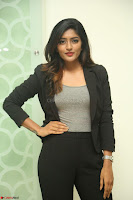 Actress Eesha Looks gorgeous in Blazer and T Shirt at Ami Tumi success meet ~  Exclusive 181.JPG