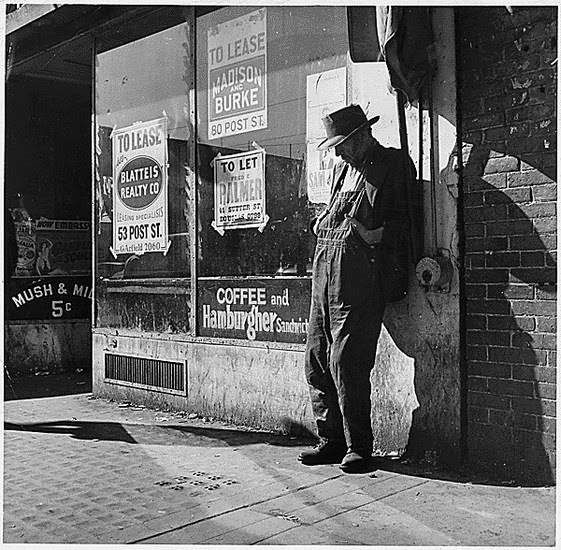Destitute man duing the Great Depression