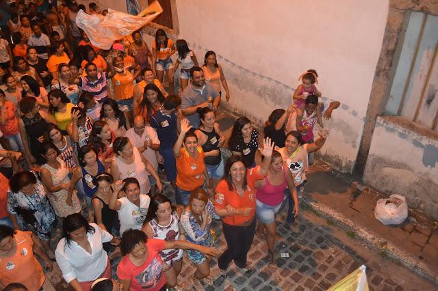 http://www.blogdofelipeandrade.com.br/2016/10/olga-sena-e-o-bloco-da-unica-mulher.html