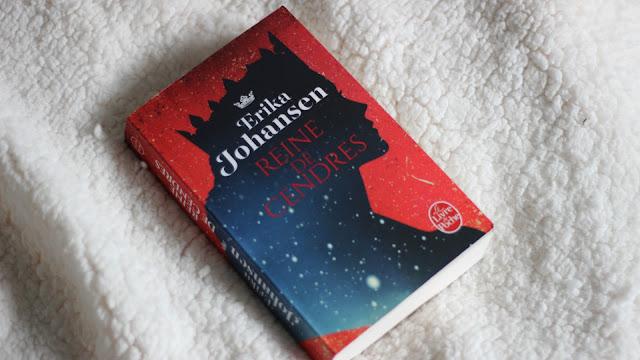 Livre Reine de cendres écrit par Erika Johansen aux éditions du Livre de Poche