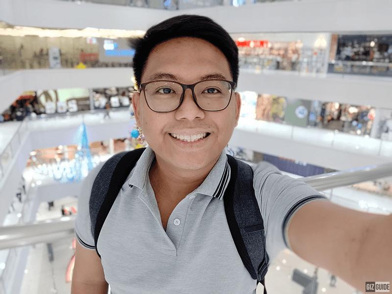 Selfie bokeh indoor