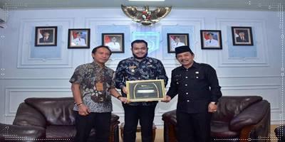 Pemko Padang Panjang Raih Penghargaan BPJS Ketenagakerjaan