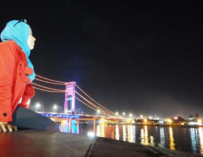 Jembatan Ampera dan Sungai Musi di Palembang
