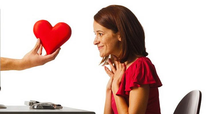 Mit tegyek, ha a felesége egy másik férfival randiz?
