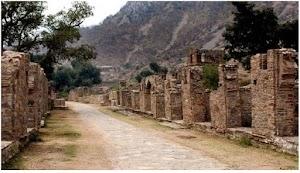 Sejarah Kota Hantu Bhangarh dan Kutukan Orang Suci