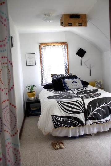 Gorgeous but small bedrooms that are creative with space ...