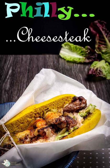 selbstgemachtes Cheesesteak mit Rindersteak und Käse