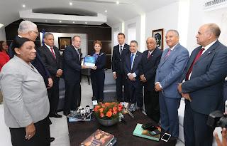 Presidenta de la Cámara de Diputados recibe informe presupuestario del 2016