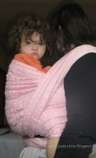 portage Bébé RGO GOR baby reflux gastro-oesophagien FWCC haut écharpe Vesper jacquard Galaxia wrap babywearing portage avis test review