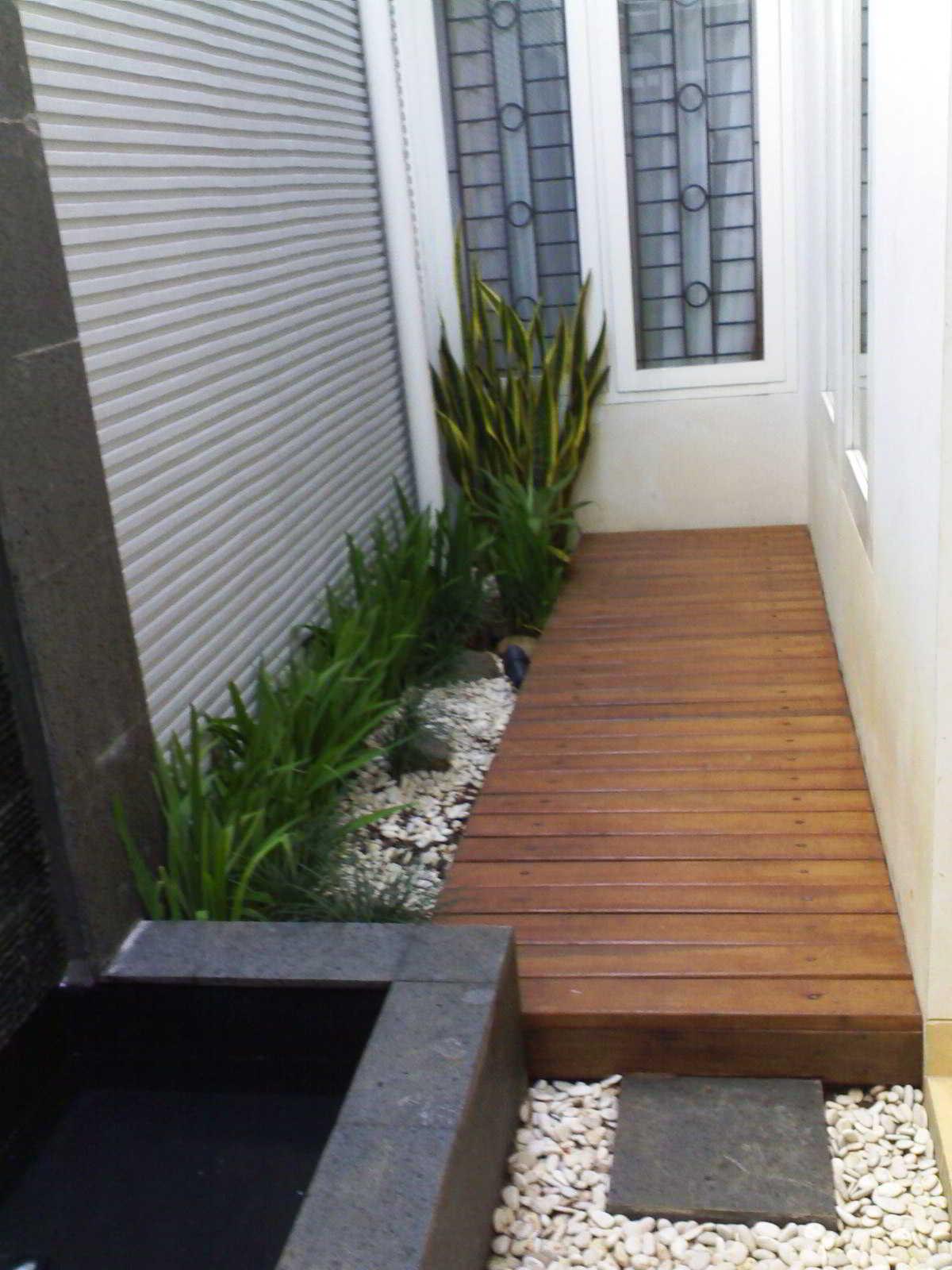 Taman Minimalis Dalam Rumah untuk Lahan Sempit