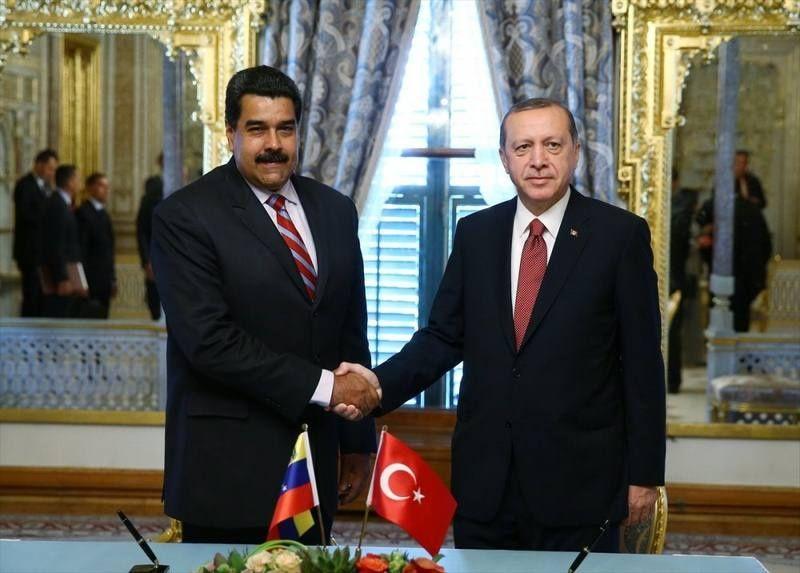 Dictador de Turquía vino a visitar al dictador de Venezuela