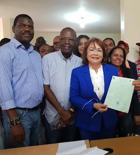 Josefina Tamarez se inscribe para seguir impulsando iniciativas a favor de San Cristóbal