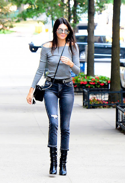 off the shoulder trend, cold shoulders, off the shoulder silhouette, off the shoulder top, off the shoulder bohemian, off the shoulder ruffled top, off the shoulder dress, off the shoulder knit, biggest spring trend 2016, street style, kendall jenner