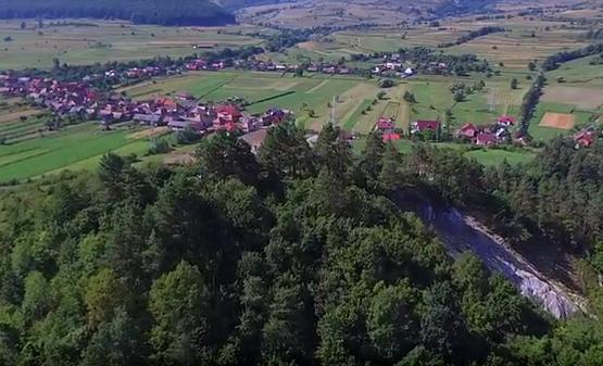 Drónfelvétel a Sószorosról