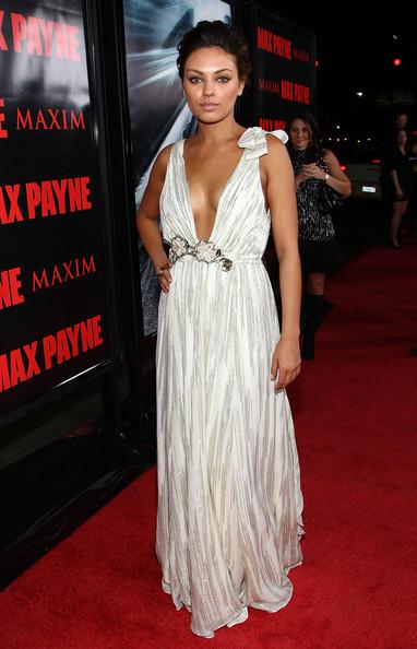Mila Kunis Dresses Fashion And Styles