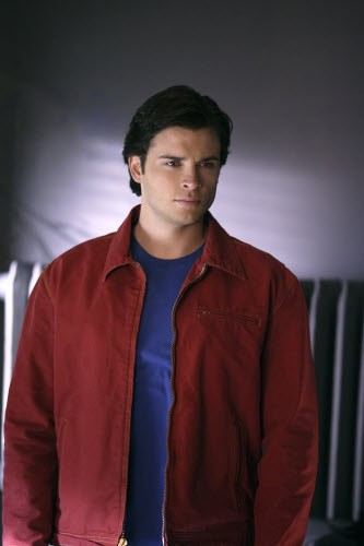 Smallville - Season 8 Episode 15: Infamous