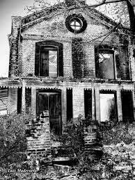 La tenebrosa casa de Armería