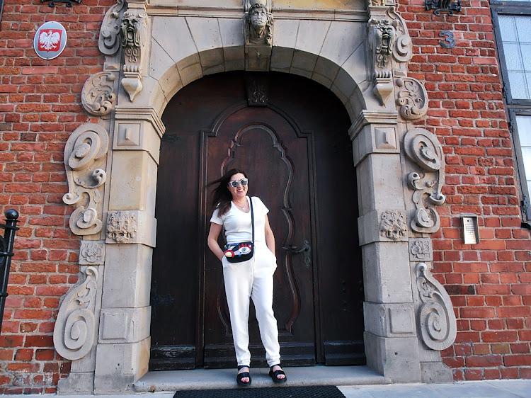 Biały kombinezon/ the white jumpsuit NewYorker