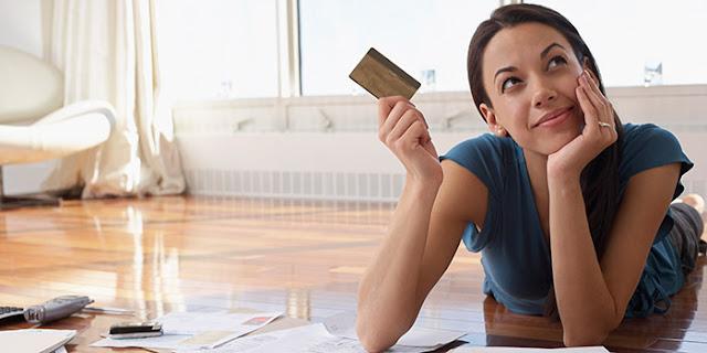 Кредитните карти заменят бързите кредити