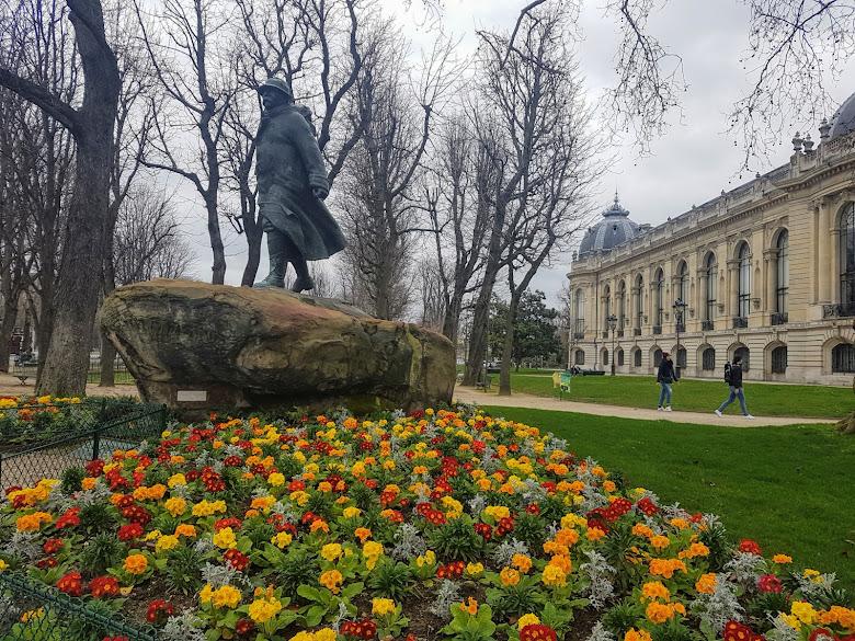 喬治·克里蒙梭 (Georges Benjamin Clemenceau) 的雕像