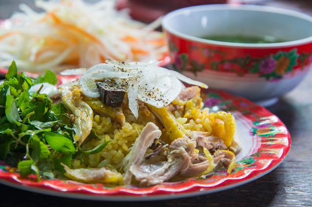 Top street food not to be missed when coming to Hoi An